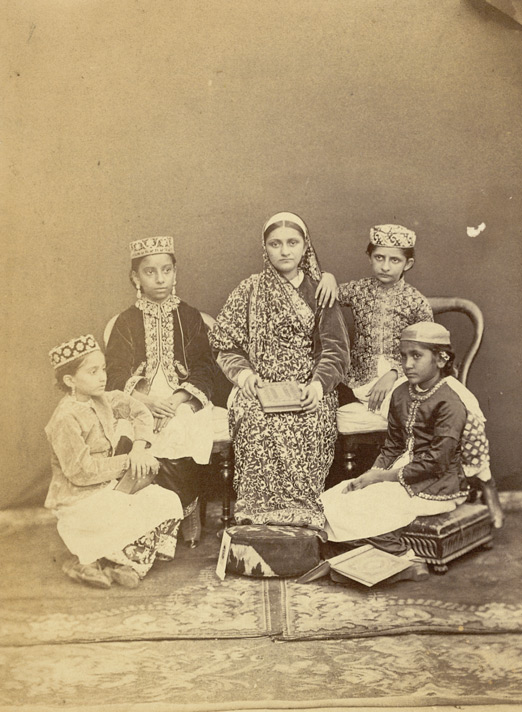 Group of pupils of the Alexandra Native Girls' Institution, Bombay 4639